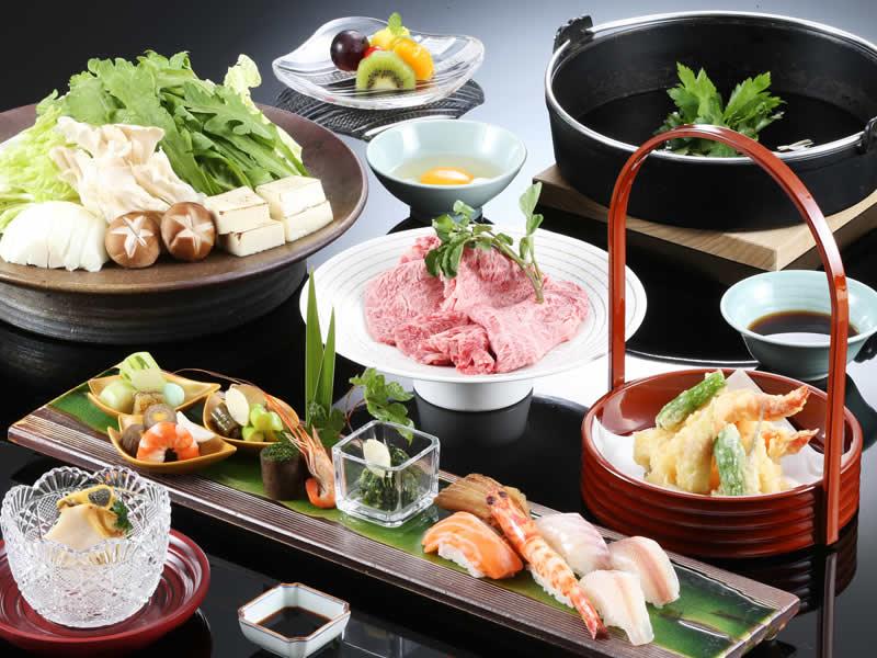 Dîner et petit-déjeuner Sukiyaki de bœuf de Kobe