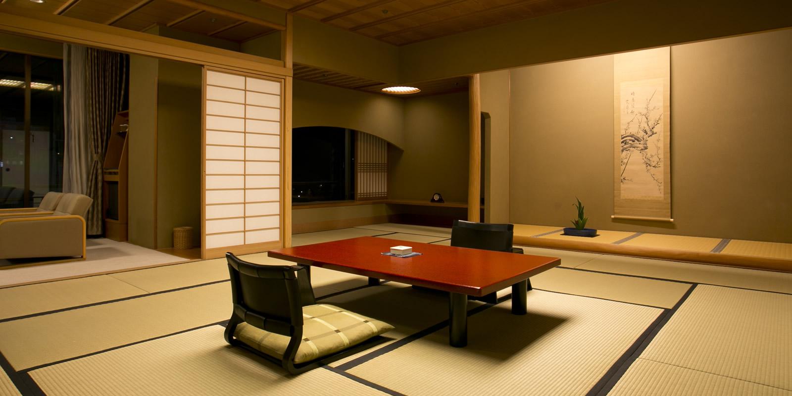Après avoir profité des sources chaudes et enfilé un kimono, détendez-vous en dégustant un repas exquis de bœuf de Kobe.