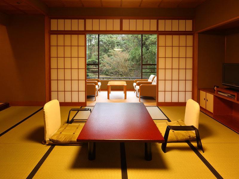 Japanese style room with open air bath (GINSEN)